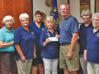 VFW Auxiliary donates to Veterans Memorial